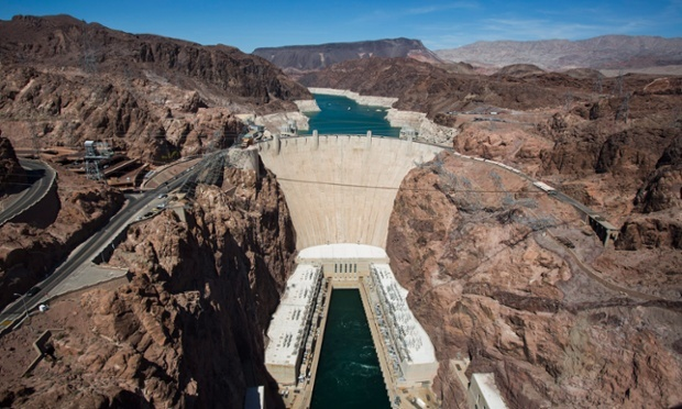 The Hoover Dam, and behind it Lake Mead, which was at its lowest level since it was filled in 1937, near Boulder City, Nevada, US, on 24 July 2014. Jim Lo Scalzo/EPA.