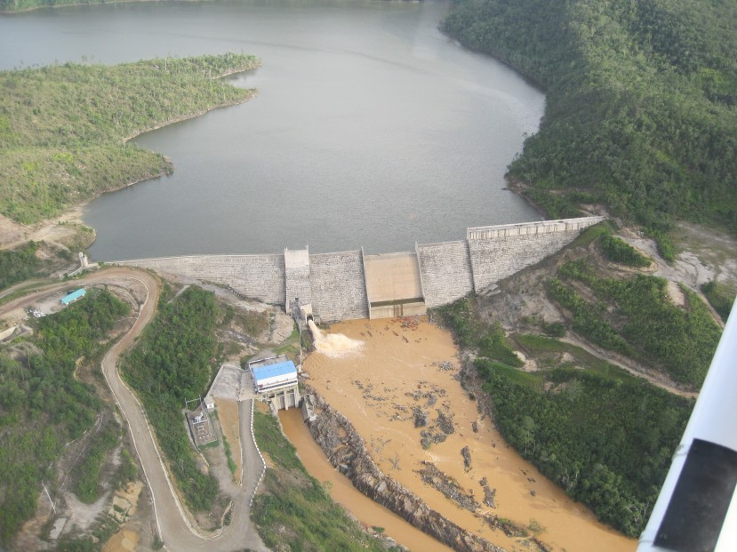 August 2009 - Fortis-BECOL releases massive amounts of sedimentation from the Chalillo dam.
