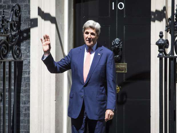 "U.S. Secretary of State John Kerry, after talks this week with U.K. Prime Minister Theresa May, declared it was imperative that the U.S. move ""as fast as possible"" to ""maximize the economic opportunities"" of Brexit. Jack Taylor/Getty Images."